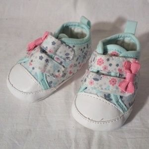Carters New Born shoes NWOT